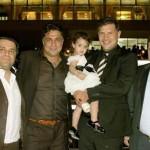 عکسی از علی دایی، برادرانش و دخترش
