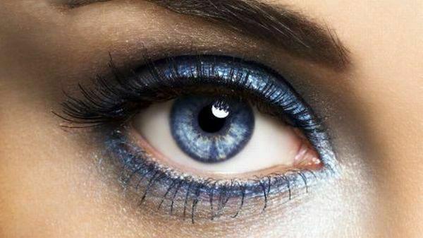 آرایش خط چشم