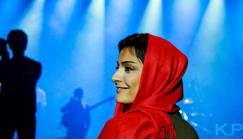 السا فیروز اذر