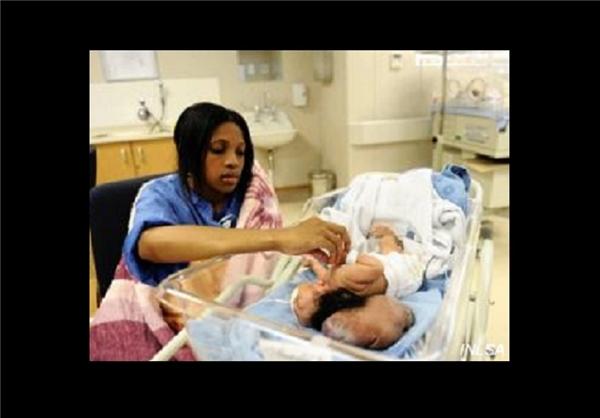 نوزاد بی مغز