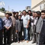 عکس های علی دایی در مناطق زلزله زده