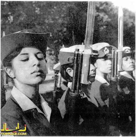 مراسم نظامی سال 1347توسط بانوان ارتش ایران