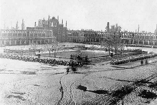 میدان توپخانه سال 1320