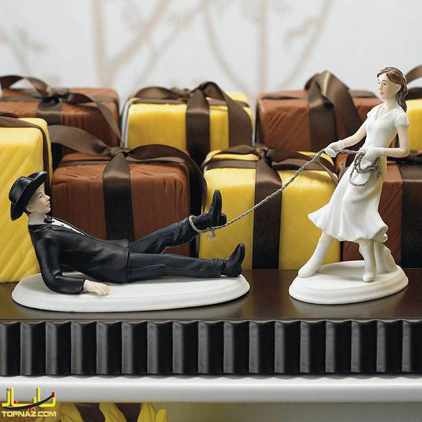 [عکس: funny-wedding-cake-toppers03.jpg]
