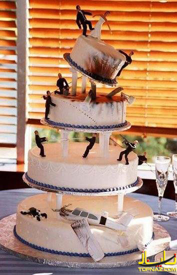 [عکس: funny-wedding-cake-toppers16.jpg]