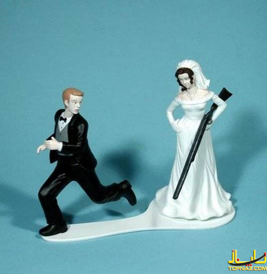 [عکس: funny-wedding-cake-toppers19.jpg]