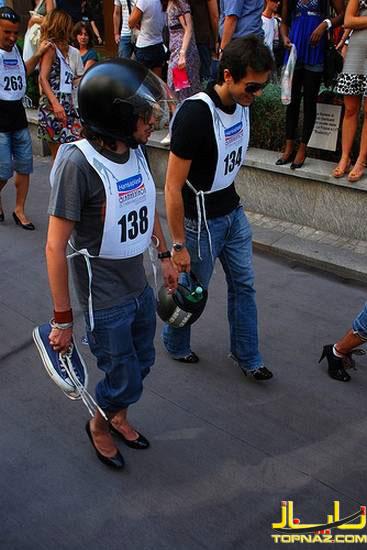 مسابقه دو با کفش پاشنه بلند