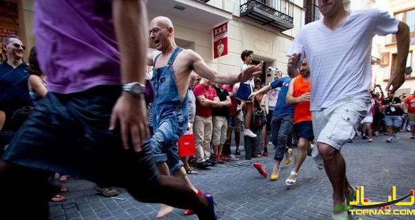 مسابقه با کفش پاشنه بلند