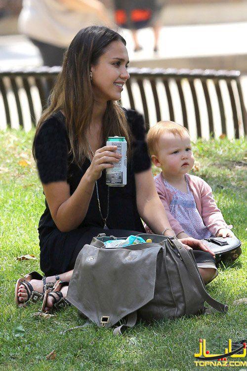 جسیکا آلبا و دخترش