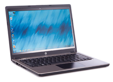 n00023395 r b 004 ۱۰ لپ تاپ برتر به انتخاب پی سی مگ