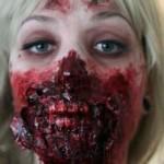 دختری که با آرایشش شبیه به خون خوارها شده+تصاویر