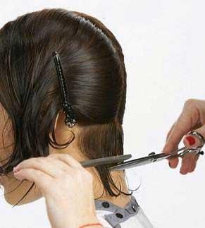 آموزش کوتاه کردن موی سر خانمها به صورت تصویری