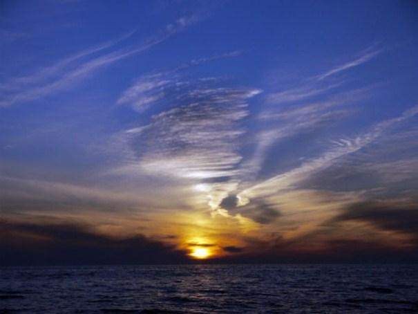 غروب خورشید لب دریا