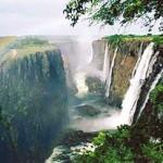 10 آبشار غير قابل تصور و زیبا