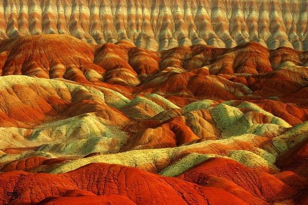 «آلاداغ لار» یا کوههای رنگی