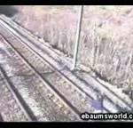 کلیپی ترسناک از شوخی با قطار