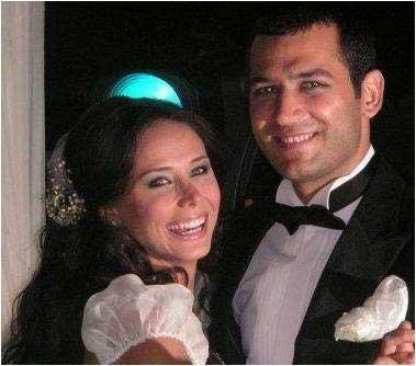 ساواش و همسرش
