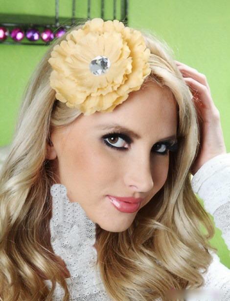مدل مو با گل سر