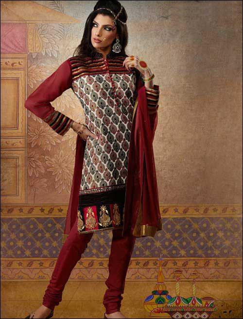 پروفایل ست مدل های لباس زیبای هندی 2012