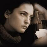 آیا اشک ریختن فایده ای هم دارد؟