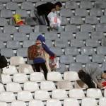 اقدام جالب تماشاگران کره ای در ورزشگاه آزادی