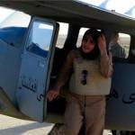 اولین زن خلبان در افغانستان +عکس