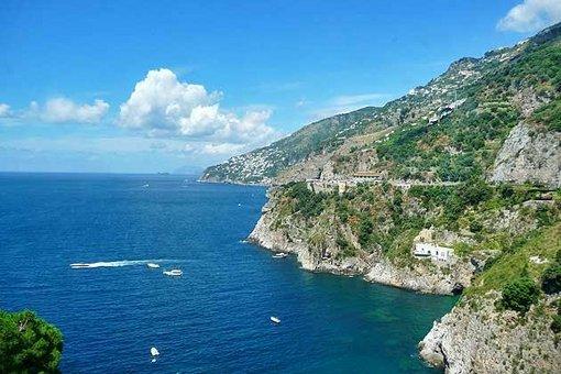 ساحل آمالفی سالرنو، ایتالیا