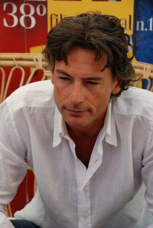 روبرتو فارنزی