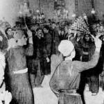 عکسی قدیمی از مراسم زنجیر زنی در دوران قاجار