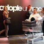 در این فروشگاه فرانسوی شوهر می فروشند!! +تصاویر