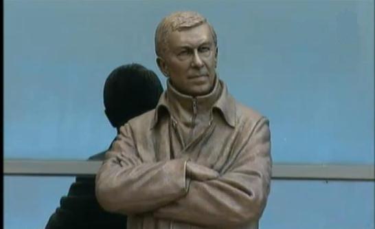 مجسمه فرگوسن در منچستر