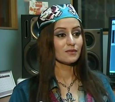سوسن خواننده رپ