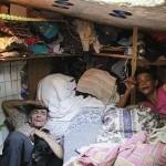 این مرد و همسرش 22 سال در فاضلاب زندگی کردند +عکس
