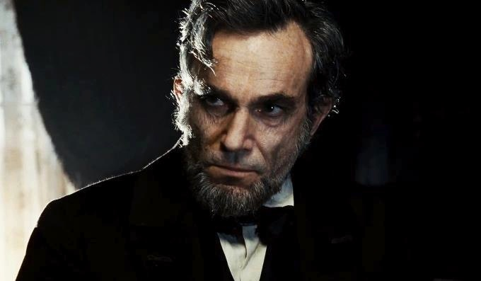 دانیل دی لوئیس در نقش لینکولن