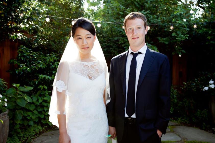 مدیرعامل فیسبوک و همسرش