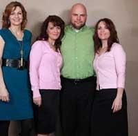 مردی که با دو خواهر و دختر خاله شان ازدواج کرد