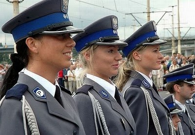 پلیس زنان هلند