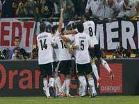 آلمان با 4 گل یونان را در هم کوبید