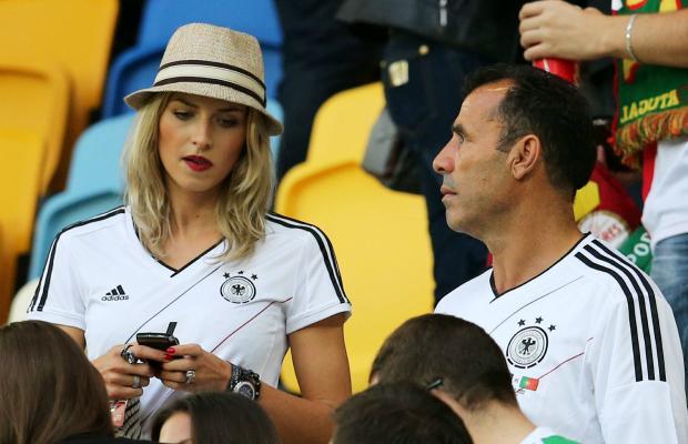 تصاویر زیبا از احساسات تماشاگران زن یورو 2012 (11)