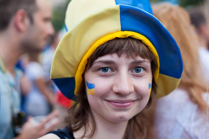 تصاویر زیبا از احساسات تماشاگران زن یورو 2012 (26)