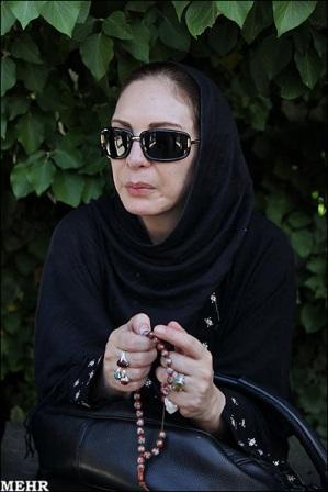 افسانه بایگان در مراسم تشییع شاپور قریب+عکس