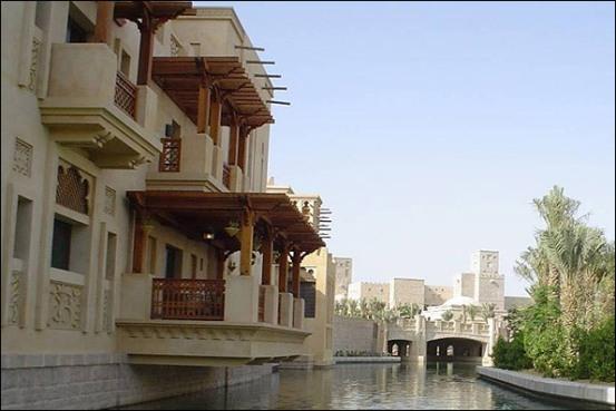 استفاده از معماری یزد و ونیز برای توسعه گردشگری دوبی