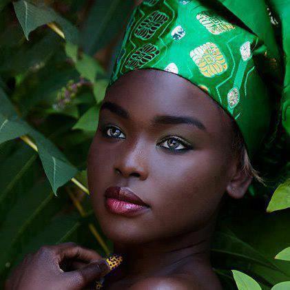 دختر زیبای آفریقایی