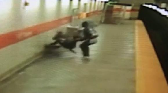 دعوا در مترو