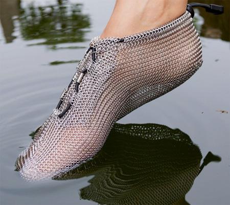 کفش فلزی