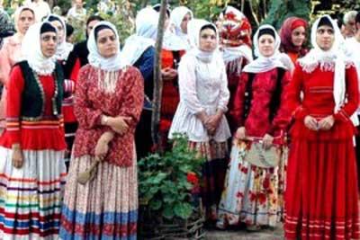 لباس اصیل زنان