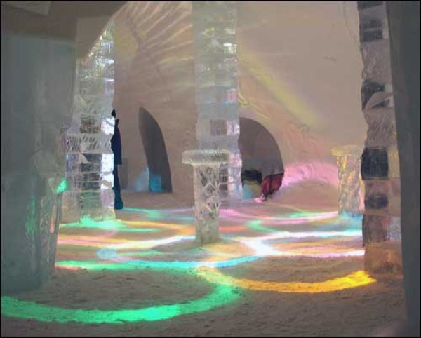 124 Ice Hotel in Canada (24 photos)