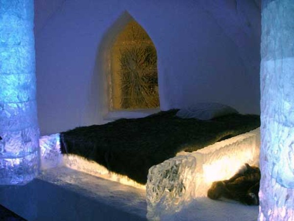 134 Ice Hotel in Canada (24 photos)