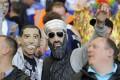 عکسهای جالب از تماشاچیان خنده دار فوتبال