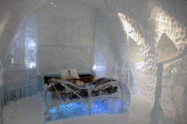 143 Ice Hotel in Canada (24 photos)